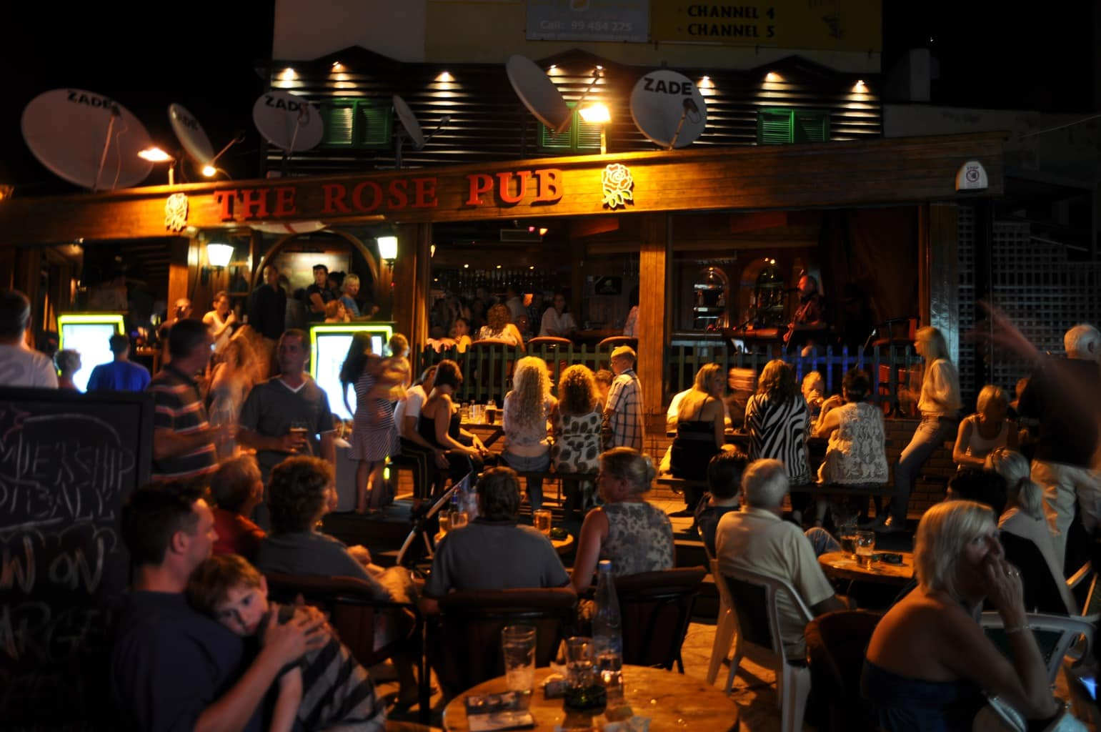 6507776-This_is_The_Rose_Pub_Paphos