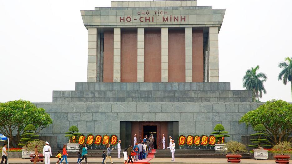 Ho-Chi-Minh-Mausoleum-35809