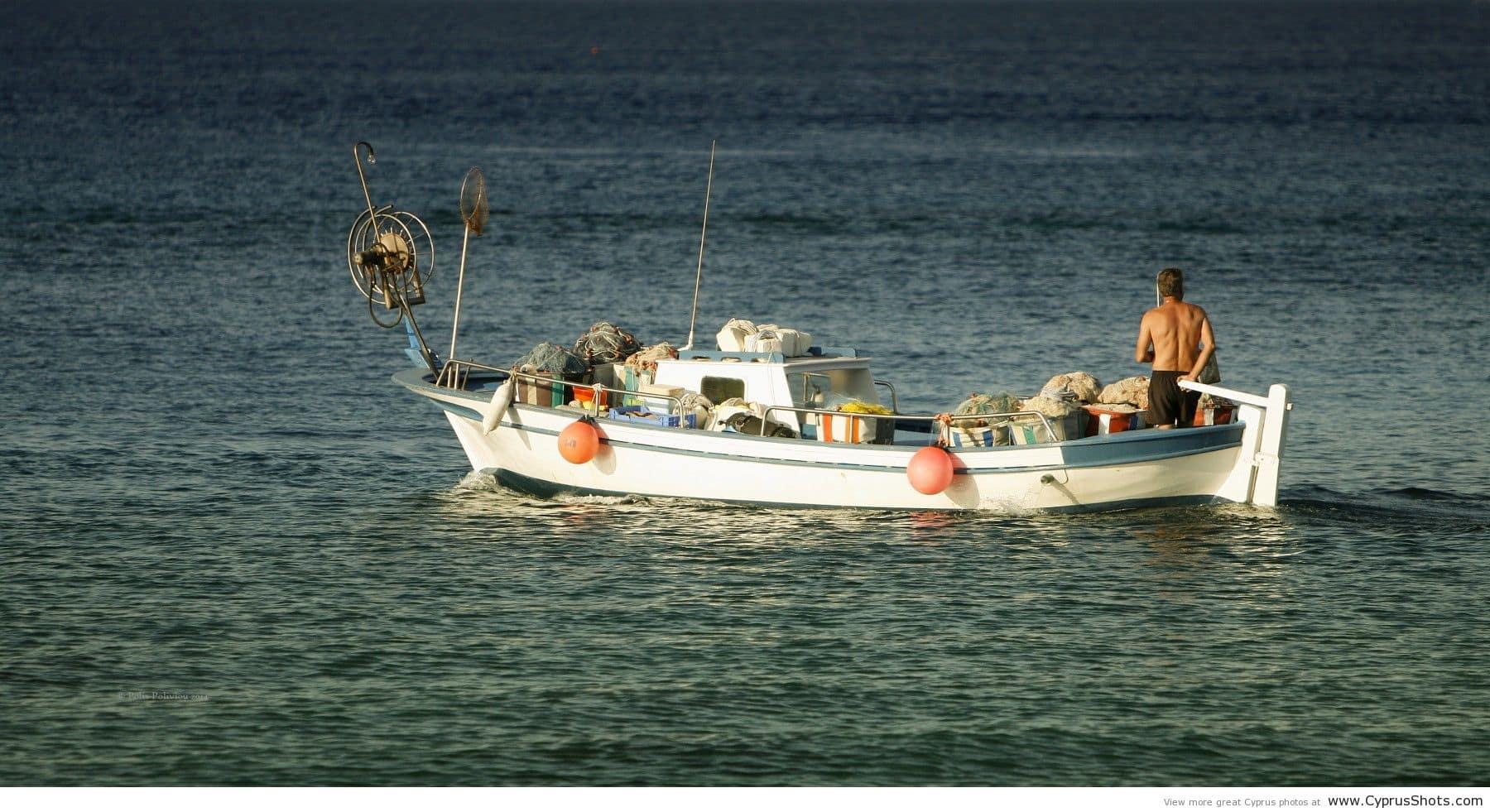 fishing-boat-protaras-by-polys-polyviou2