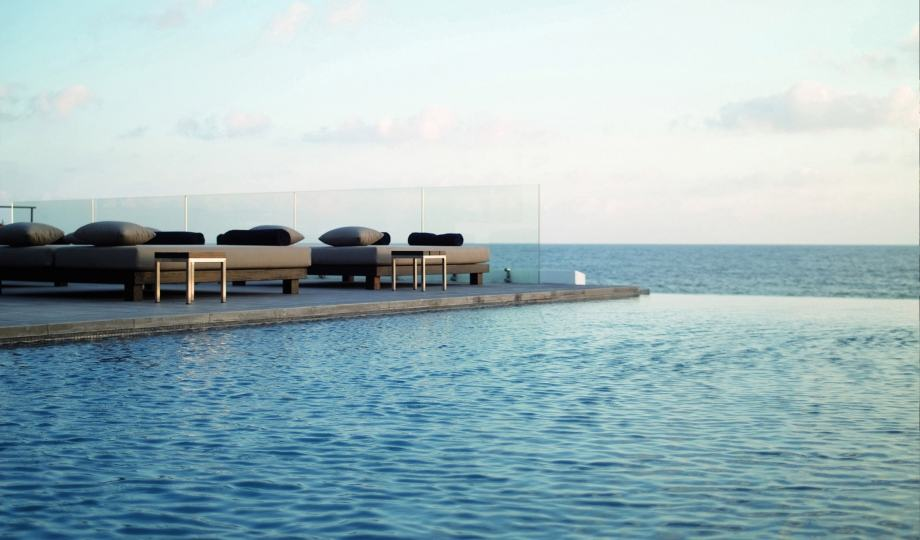 almyra-terrace-view-M-01-r