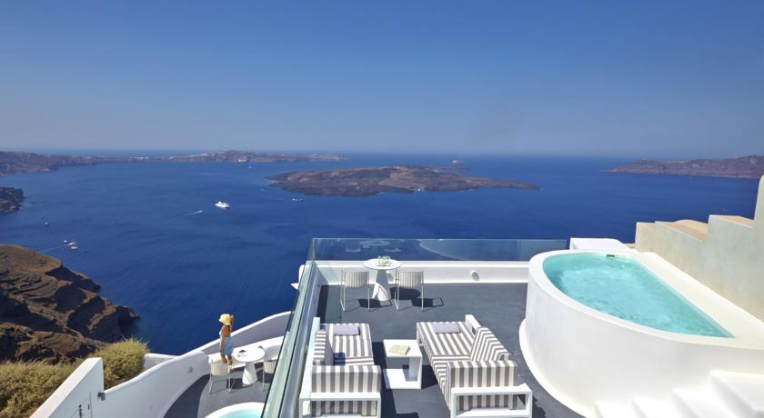 Dreams luxury suites santorini