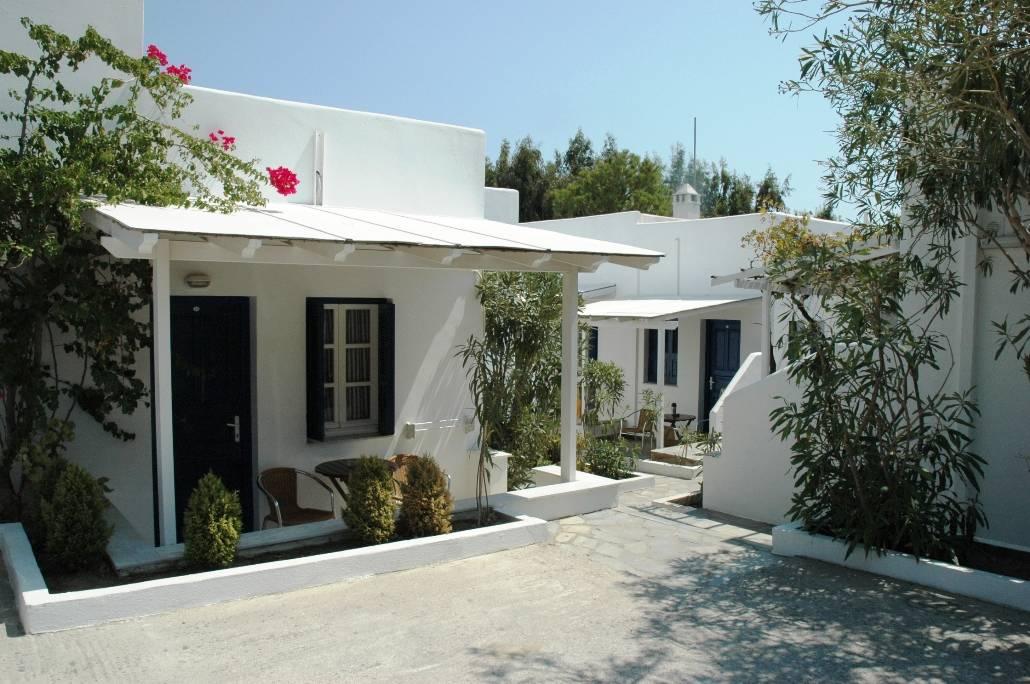 coralli-bungalows-livadakia-serifos