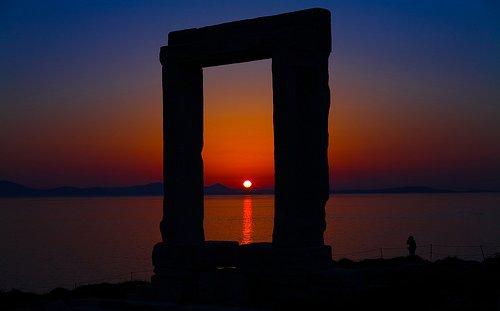 Naxos e la meravigliosa Hora