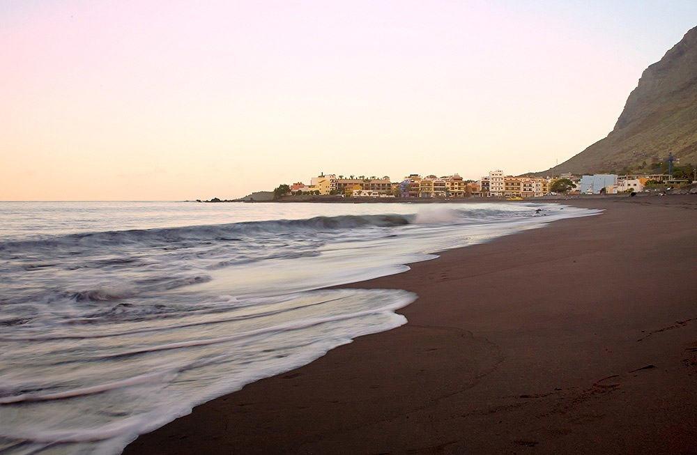 Playa-de-La-Calera-y-La-Puntilla